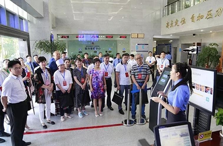 最高检邀请湖北、宁夏团部分全国人大代表视察贵州检察工作