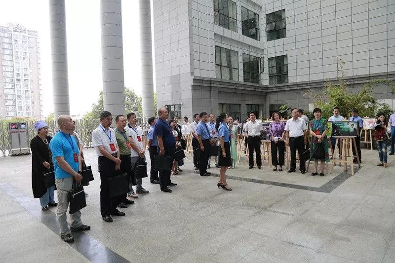 湖北团、宁夏团部分全国人大代表 到贵州省检察院视察